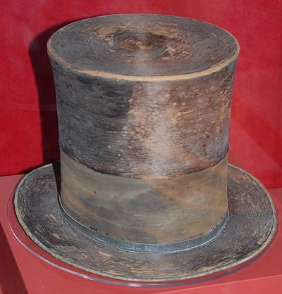Abraham Lincoln s Top Hat f42a60ce399