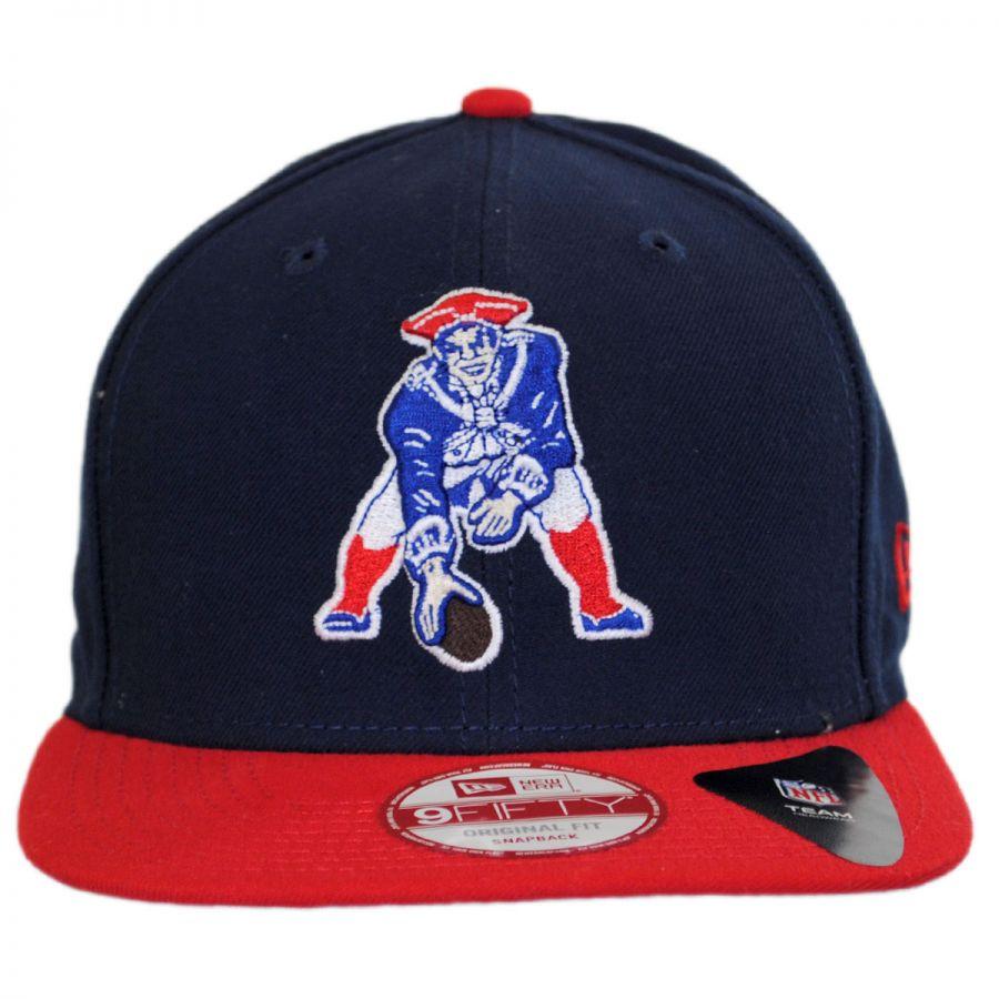 New England Patriots NFL Historic Logo 9Fifty Snapback Baseball Cap in cbfe6b07081