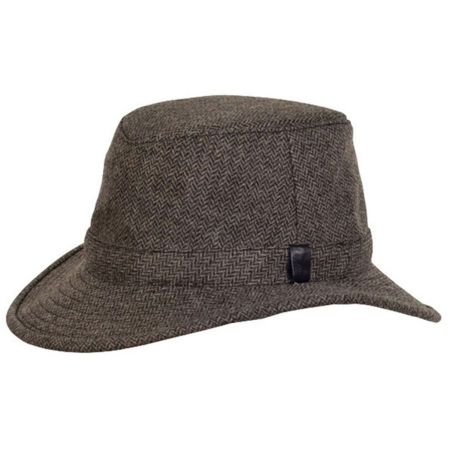 TW2 The Winter Hat