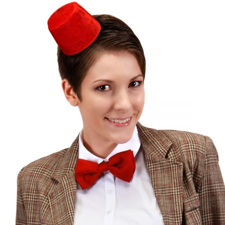 Doctor Who 11th Doctor Mini Fez and Bow Tie Accessory Kit