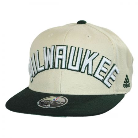Mitchell & Ness Milwaukee Bucks NBA adidas On Court Snapback Baseball Cap