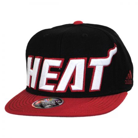 Mitchell & Ness Miami Heat NBA adidas On Court Snapback Baseball Cap