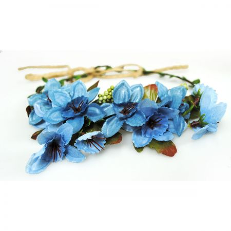 Jeanne Simmons Flower Adjustable Wreath