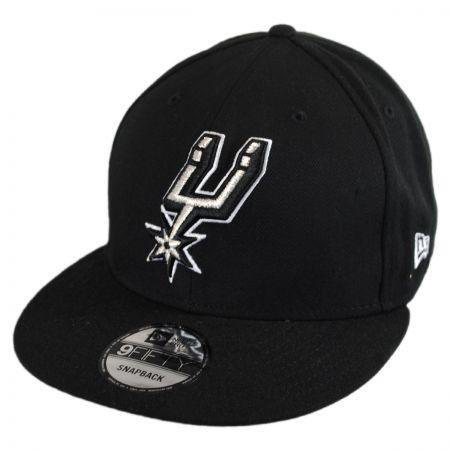 New Era San Antonio Spurs NBA On Court Snapback Baseball Cap