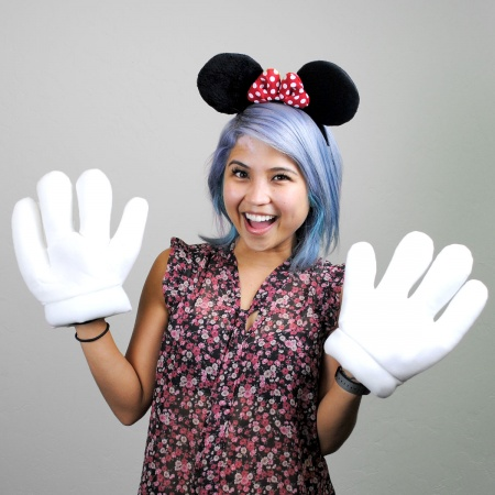 Disney Minnie Mouse Ears and Gloves