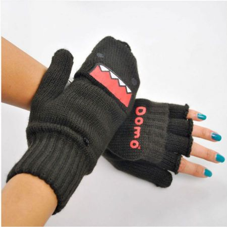 Domo Knitted Mittens