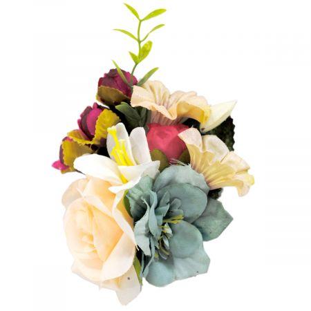 Jeanne Simmons Flower Bouquet Pin